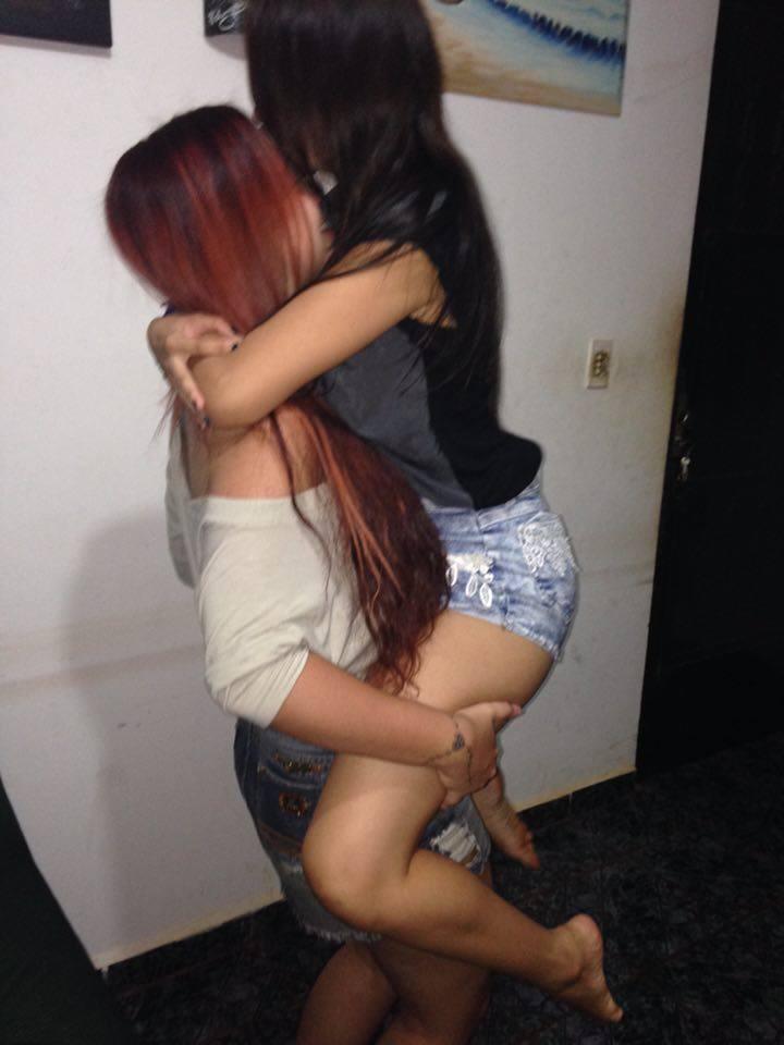 Fotos Nuas Novinha Lesbica e Sua Namorada