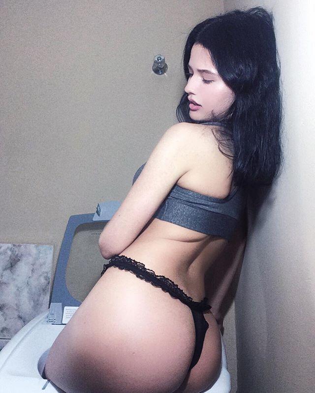 Fotos nuas Paola Holmes pelada