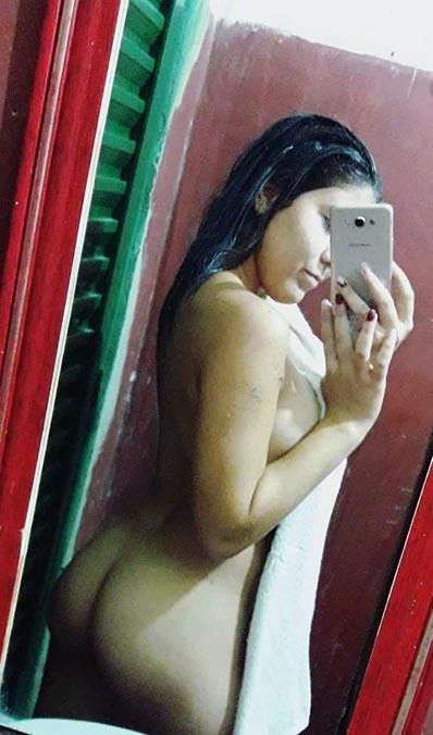 Fotos nuas novinha mandou nudes para o ficante