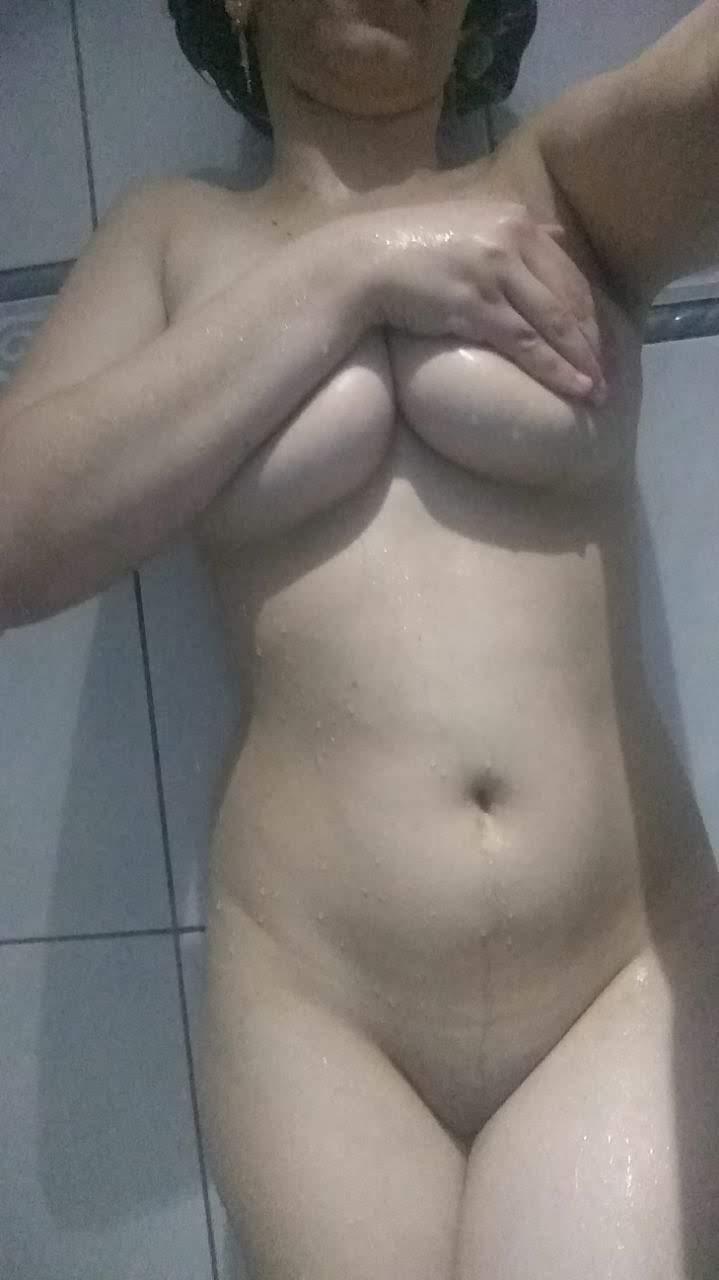 Fotos nuas novinha branquinha do zap pelada