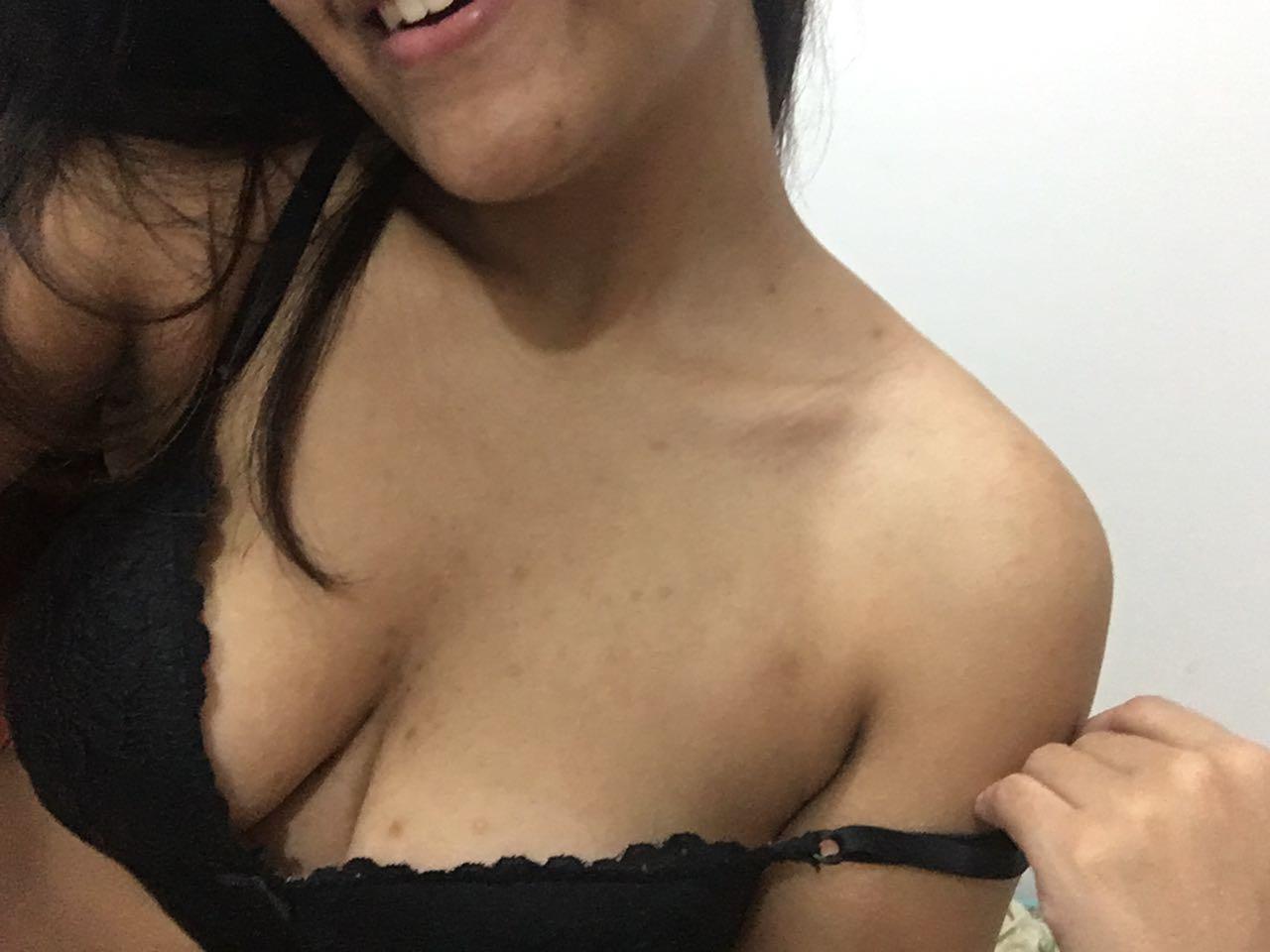 Morena gostosa de são paulo exibicionista 20 fotos pelada