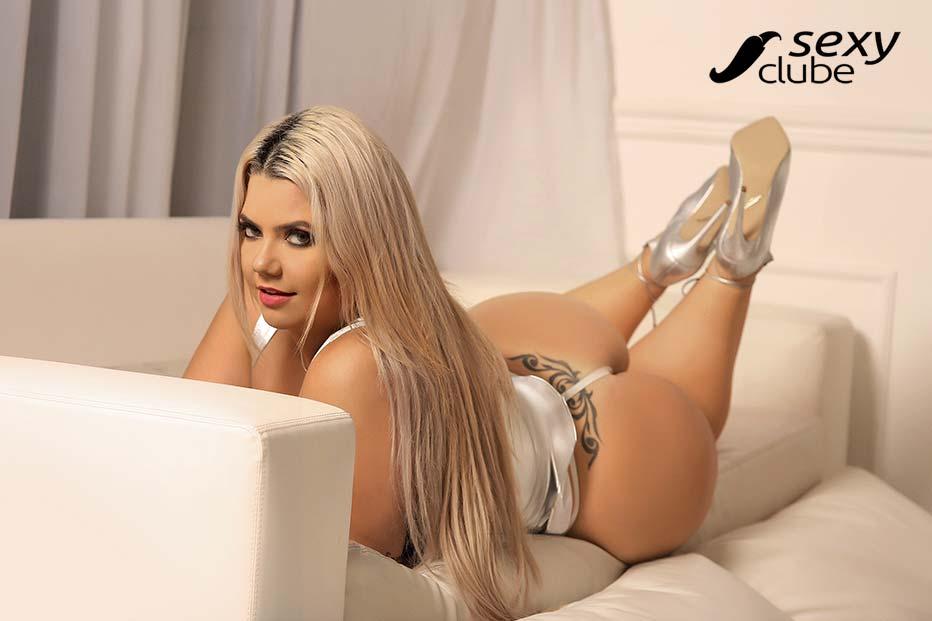 Debora Porto Miss Bumbum Paraná fotos nua e pelada